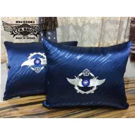 空軍軍徽紋路面抱枕 ~ 為您的居家空間增色不少